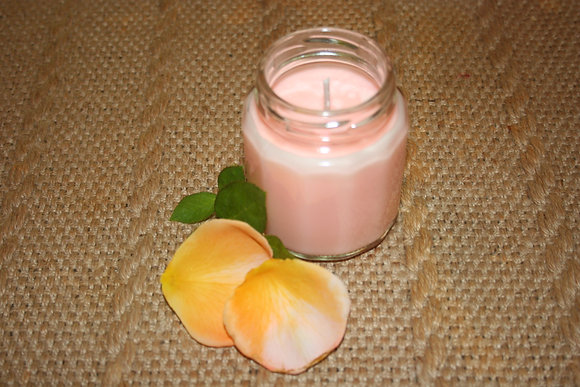 6.5 oz Honeysuckle Soy Candle