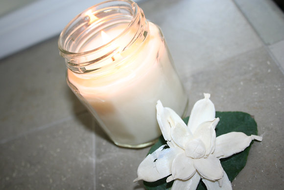 6.5 oz Gardenia Soy Candle
