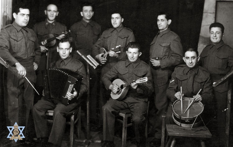 תזמורת ארצישראלית במחנה
