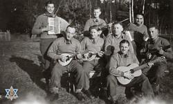 תזמורת במחנה