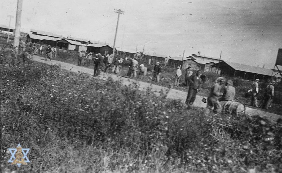 צילום מחנה השבויים