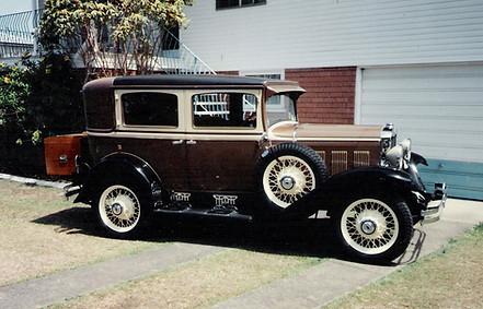 1930 sedan