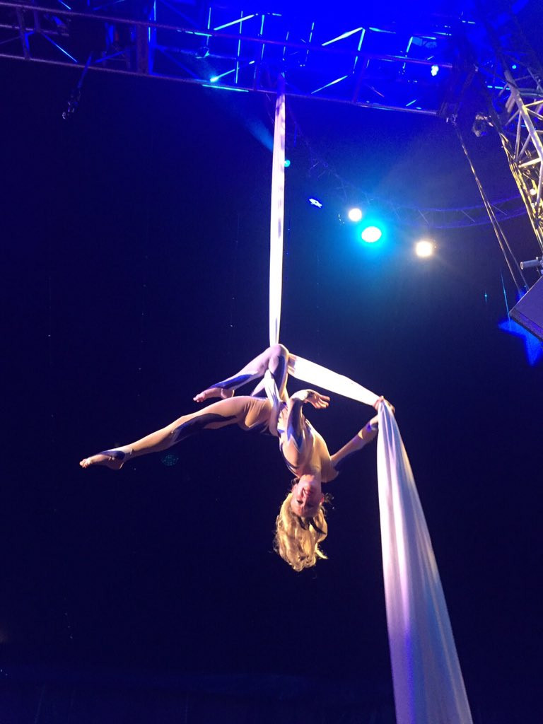 Aerial Silks performance in Cirque Extraordinaire at the Bloomsbury Big Top