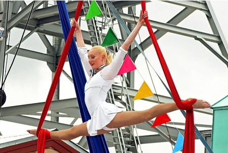 Silks at Heartlands Flame Festival