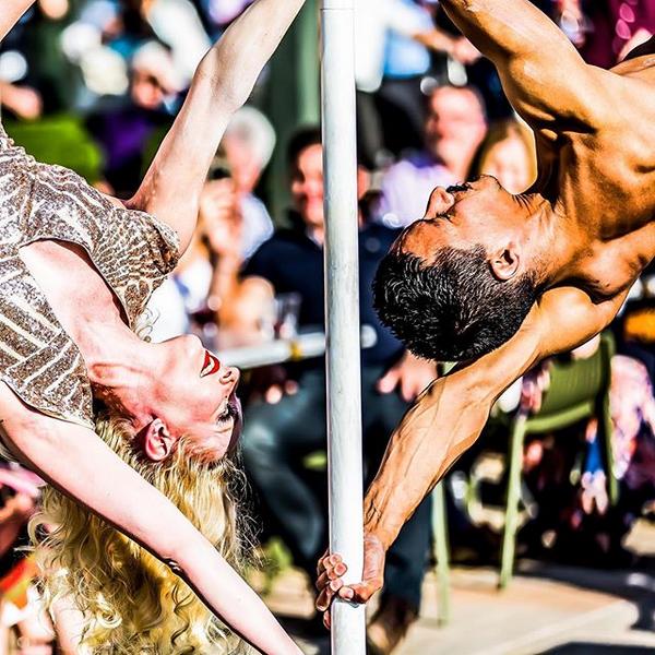 Doubles Pole Dance Act