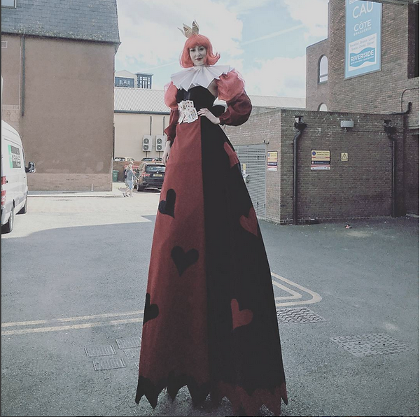 Queen of Hearts Alice in Wonderland Stilt Walker