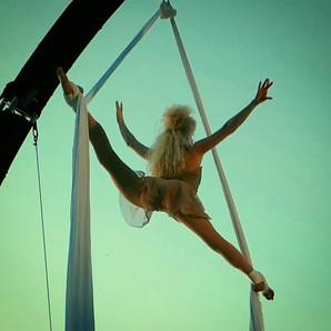 Fairy Silks Act