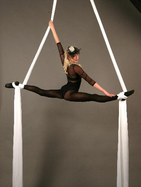 silks performer London