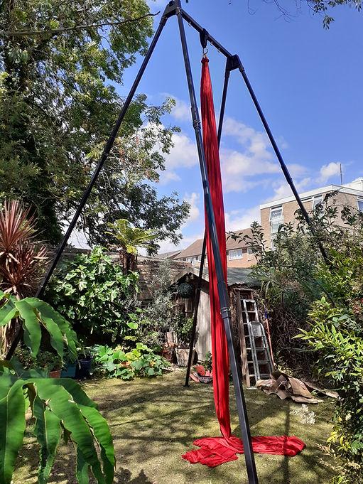 Circus Suburbia Garden Rig