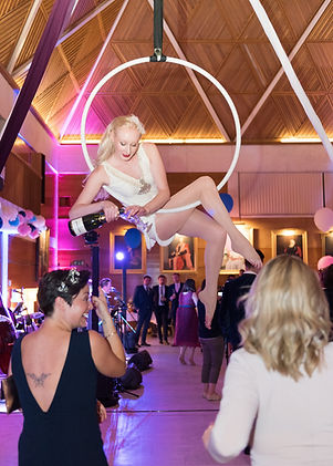 Katie Hardwick freestanding rig aerial h