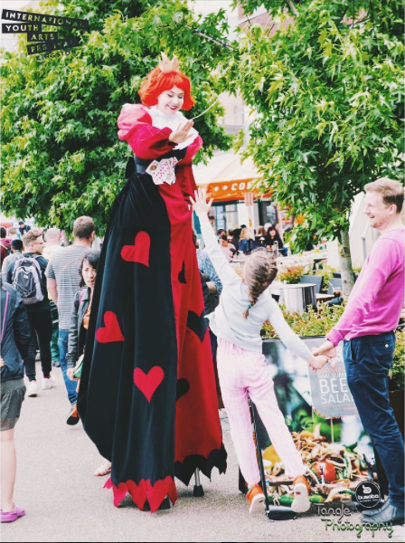 Queen of Hearts high five