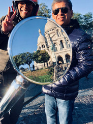 Scooter Tour - Stop at Montmartre