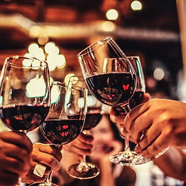 sharing-red-wine-with-friends-01.jpg