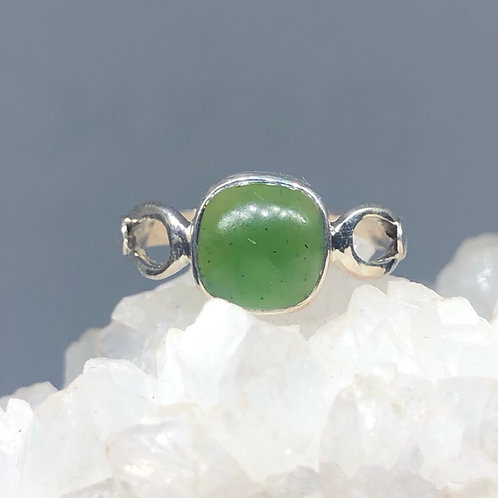 Sterling Silver Nephrite Jade Ring Size 7