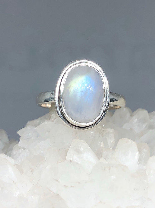 Sterling Silver Rainbow Moonstone Ring Size 6.5