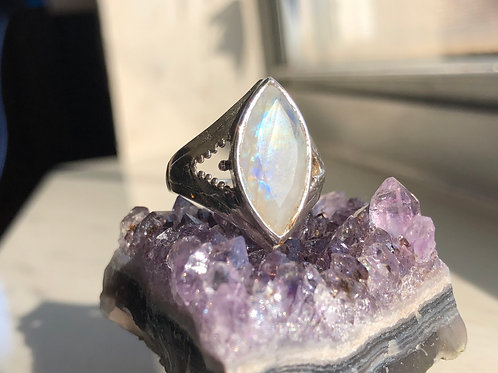 Cut Moonstone ring size 6