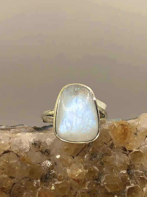 Sterling Silver Moonstone Ring Size 7.5