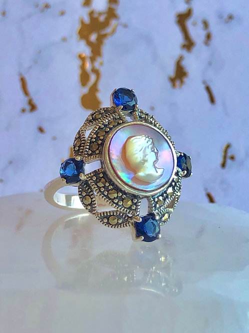 Natural Blister Pearl Sapphire ring size 9