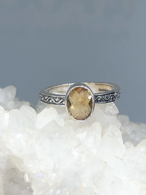 Sterling Silver Cutrine Ring Size 7