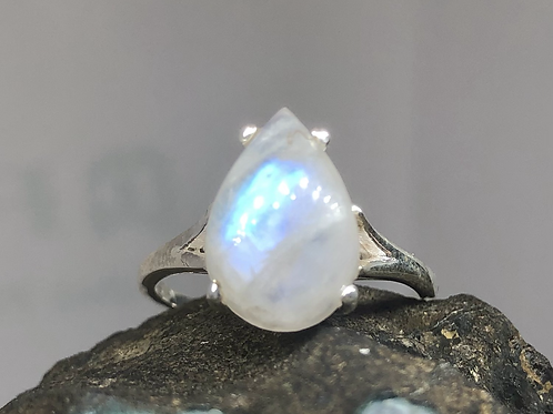 Sterling Silver Moonstone Ring Size 8