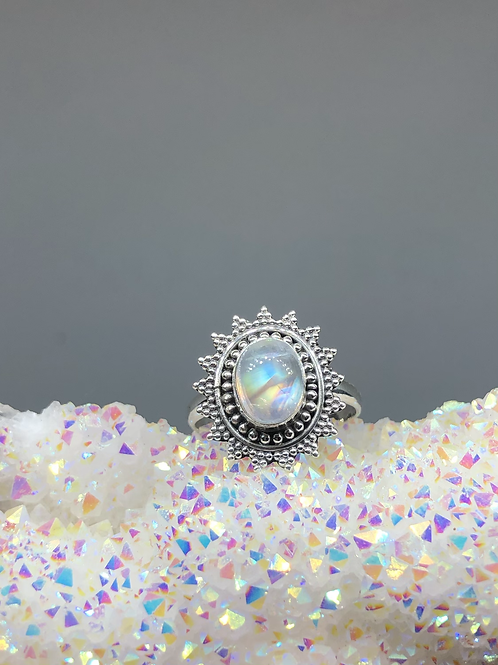 Sterling Silver Rainbow Moonstone Ring Size 8