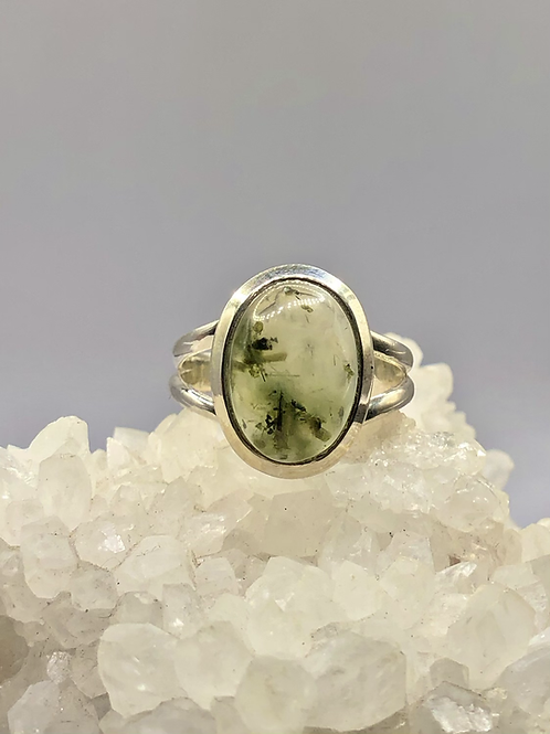 Sterling silver prehnite ring size 8.5