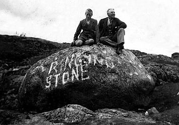 Tiree_ringing stone_old pic.jpg