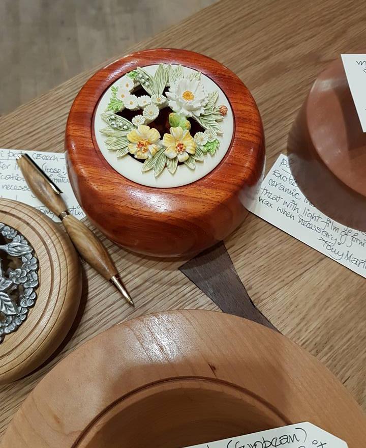 Panga Panga and Ceramic Pot Pourri Bowl.
