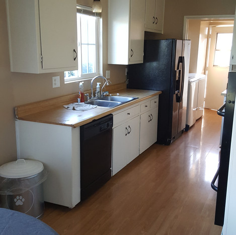 Before Kitchen Remodel in Chino, Ca