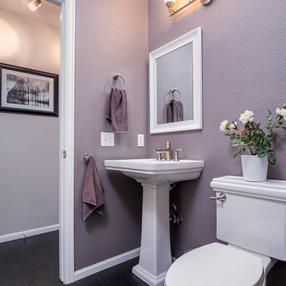 Main Floor Bath.jpg