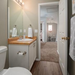 Bathroom 2 2.jpg