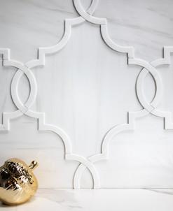 Regency in Blanc Dimensional