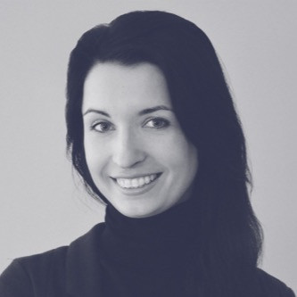 Kinga Sowik, Client Service Director