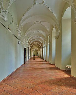 Bývalý_jezuitský_konvikt,_Olomouc_(08).j