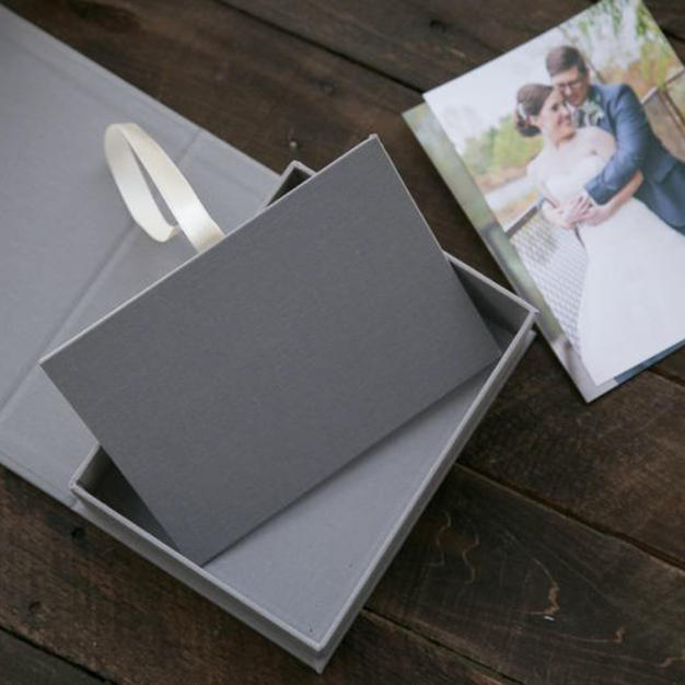 Linen Folio Box
