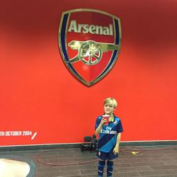 Instagram - Players entrance at Emirates! @arsenalfc
