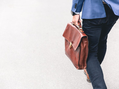 Five Signs Your Top Sales Rep Might Be Getting Ready to Quit