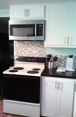 kitchen-microwave.jpg