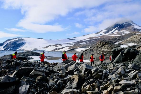 Antarctica, explored - Australian Geographic