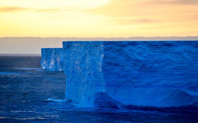 Antarctic illumination - South China Morning Post