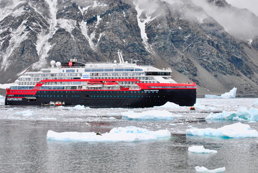 Cruise ships and coronavirus: Trapped on board a ship, I'm trying to stay positive - Traveller.com.au