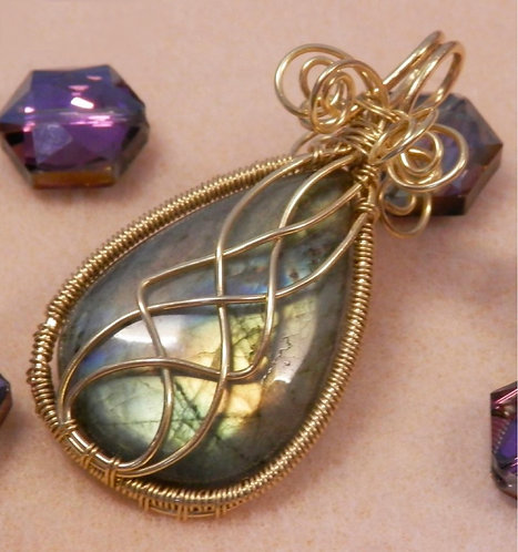 Gorgeous Wire Wrapped Labradorite Gemstone Pendant with Celtic Knot Twist