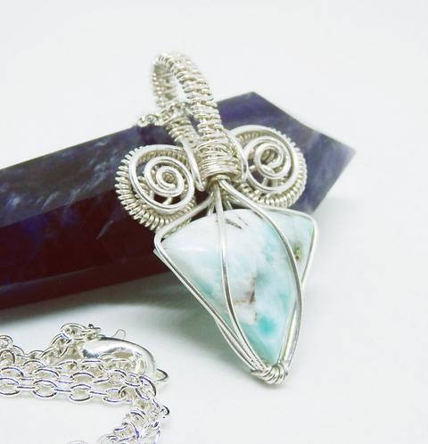 Beautiful 925 Sterling Silver Larimar Gemstone Necklace