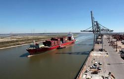 Ship-enters