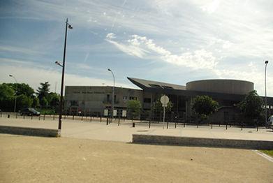 lycée_Timbaud_ext.jpg