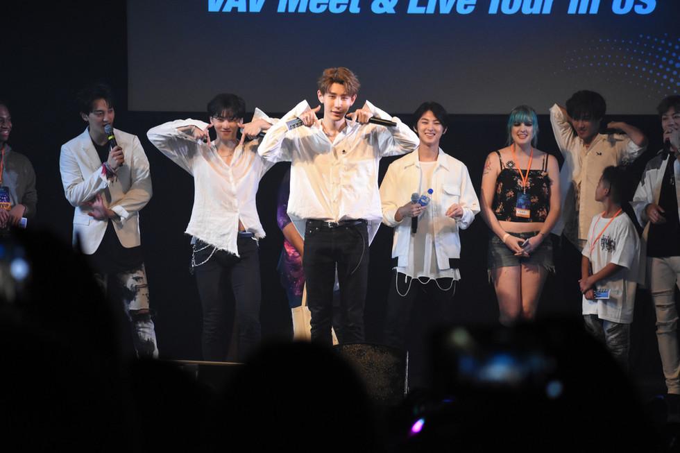 VAV Meet & Live Tour in US