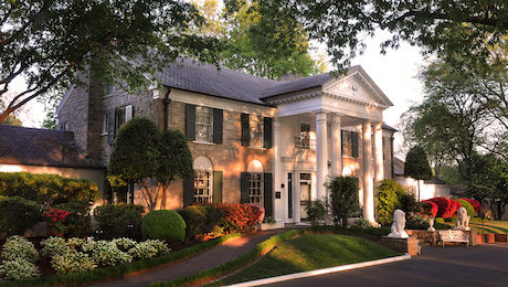 Graceland Mansion[2].jpg