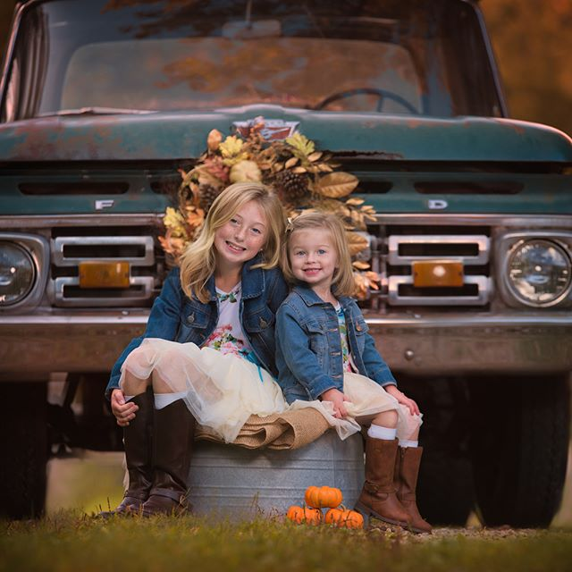 Vintage truck mini sessions! To inquire_