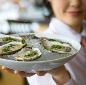 Gallery-Oysters-served.jpg