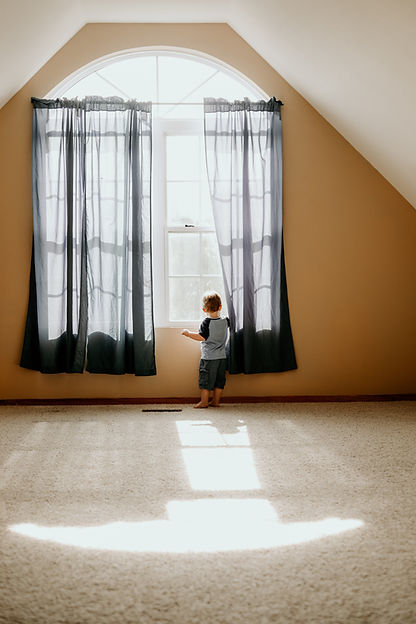 architecture-boy-carpet-1095121.jpg